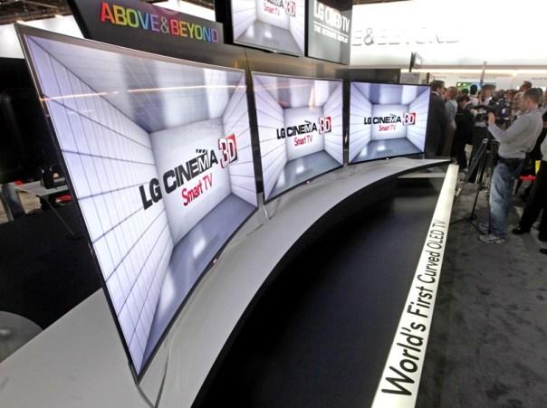 LG'den Curved OLED TV